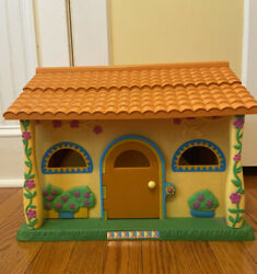 Dora The Explorer Pop-up Talking Doll House With Dolls And Furniture Mattel 2003