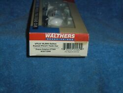 Walthers Ho Scale 932-7206 36' Funnel Flow 16.000 Gallon Tank Car Utlx 77989