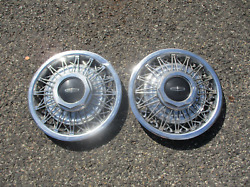 Genuine 1980 To 1990 Lincoln Town Car 15 Inch Wire Spoke Hubcaps Blemished