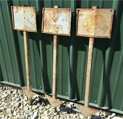 3 Metal Sign Stakes, Vintage Yard Sign Holders, Lawn Sign Stakes, Sign Support,