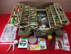 Vintage Plano 6-tray Fishing Tackle Box 8600 Filled With Fishing Lures And Tackle