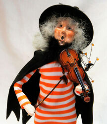 Byers Choice Witch With Violin Halloween Caroler 2021 - New - Free Shipping