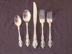 Oneida Distinction Deluxe Raphael Place Setting Stainless