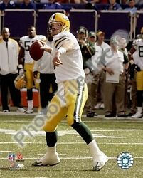 Brett Favre Green Bay Packers 2007 Licensed Unsigned Poster Picture 8x10 Photo