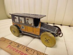 1910s Mohawk Checker Taxi Tin Toy Wind Up Car