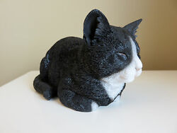 BLACK AND WHITE CAT SLEEPING FIGURINE KITTEN 8 in.animal farm resin  Eyes Closed