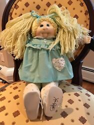 Xavier Roberts Cabbage Patch Doll Circa 1984 Blond Hair Green Eyes Stamp Signed
