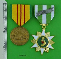 Vietnam Campaign Medal And Vietnam Service Medal - Full Size Made In The U.s.a.