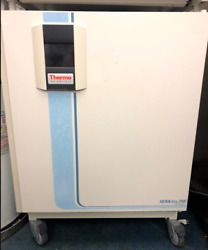Heracell 240 i CO2 Incubator with Stainless-Steel Chambers