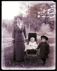 1 Early 1900s Glass Neg, N. Conway, Nh, Cross Family, Gert'd, Clyde And Minerva
