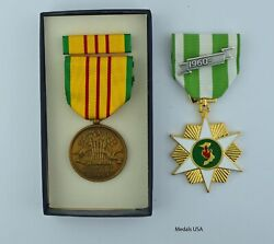 Vietnam Campaign Medal And Gi Issue Vietnam Service Medal Set -full Size Usa Made