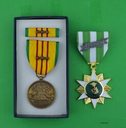 Vietnam Campaign Medal And Gi Issue Vietnam Service Medal Set 3 Campaign Stars