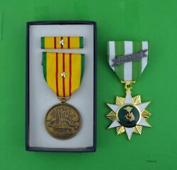 Vietnam Campaign Medal And Gi Issue Vietnam Service Medal Set Silver Campaign Star
