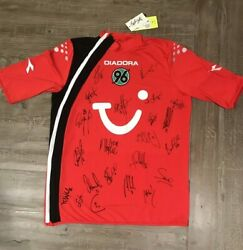 Hannover 96 2005-06 First Team Autographed Xl Jersey Plus 38 Autographed Cards