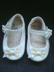 Vintage Baby Deer Infant Girls White Patent Leather Shoes Size 1