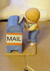 Enesco Country Cousins Katie At Mailbox