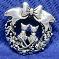 Sterling Silver Jezlaine Holiday Christmas Bow Wreath Twin Kitty Cat Pin Brooch