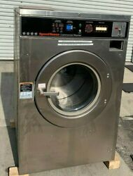 Speed Queen Front Load Washer Coin Op 40lb, 3ph, Model Sc40md2ou60001 [refurb]
