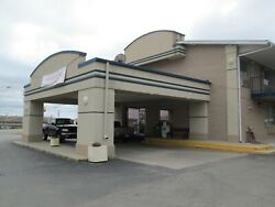 108 Room Hotel In Junction City Kansas With Barrestaraunt $450k Down Payment