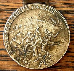 1915 Italian Bloody Pictorial Medal Commemorating Battle Trento And Trieste