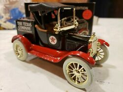 Ertl Texaco Ford 1918 Runabout Gold Spokes 125 Scale Die Cast