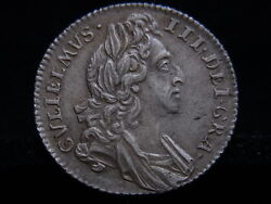 Great Britain. 1696 William 111 - Sixpence.. 1st Bust - Early Harp.. Au-unc
