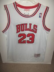 Authentic 90's Mitchell And Ness Nba Michael Jordan 23 Chicago Bulls Jersey L