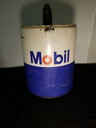 Antique Vintage Very Nice 5 Gallon Metal Mobil Oil Can