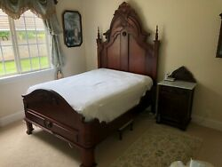 Hand Carved Mahogany Queen Bed Frame In Excellent Condition