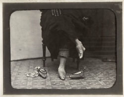 C.1880and039s Photo China - Lady With Bound Feet