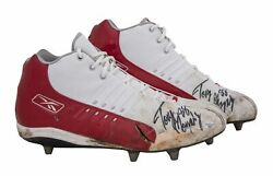 Tony Gonzalez Game Used And Signed Kansas City Chiefs Reebok Cleats