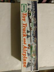 New In Box 2002 Hess Toy Truck And Motorized Airplane Bi-plane Lights And Ramp