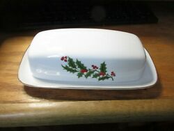 All The Trimmings Porcelain Holly Christmas Covered Butter Dish Japan Nib