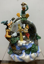 Disney Mickey Mouse, Goofy And Donald And The Beanstalk Musical Snow Globe Mib