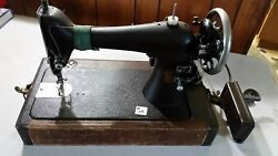 1920s Singer Sewing Machine Ser C2548843 W/case And Foot Petal Works