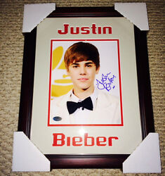 Justin Bieber Signed 8x10 Photo Framed W/coa Sexy Hot Picture 14.5 X 18 Nice
