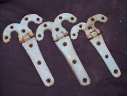 3 Antique 9 And 7.5 Cast Iron Scrolled T Hinges Rustic Genuine Vintage Gothic