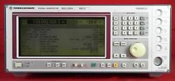 Rohde And Schwarz Sme03 -b19 5khz To 3ghz Synthesized Signal Generator 849646/028