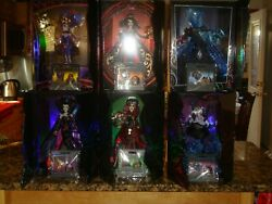 Disney Complete Ltd Edition Midnight Masquerade Villains Doll And Pin Set In Hand
