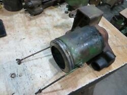 John Deere A Unstyled Air Cleaner Bracket And Body. Aa789r, A526r