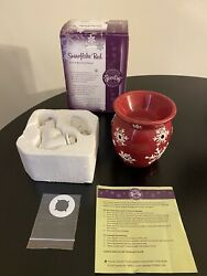 Scentsy Plug In Warmer Snowflake Red Used