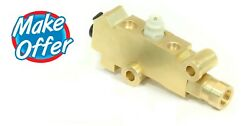 Brass Proportioning And Combination Valve Gm Ac Delco 172-1361 Style Disc / Disc