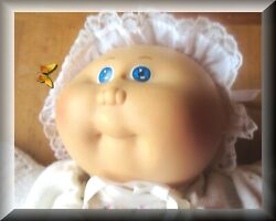 Vintage Cabbage Patch Kids Doll 1984 Signed In Pristine Condition