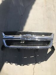 2015 2016 2017 2018 Chevy Colorado Chrome Front Grille Oem