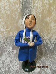 Byers Choice 1997 Amish Young Girl Holding Bouquet Of Flowers