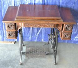 Treadle Cabinet In Great Condition For Wheeler And Wilson W9 Sewing Machine 5 Draw
