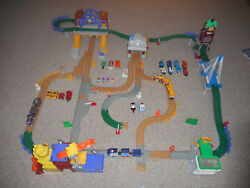 Fisher Price 130+ Piece Lot Geotrax Rail Road System City Grand Central Station