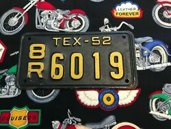 1952 Texas Motorcycle License Plate 8r6019