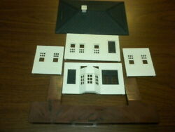 Lot 51 - Passenger Station - Plasticville Marx Bachmann Related O Scale 1950's+