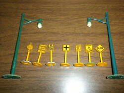 Lot 18 Signs Lamp Posts Plasticville Marx Bachmann Related O Scale 1950's+